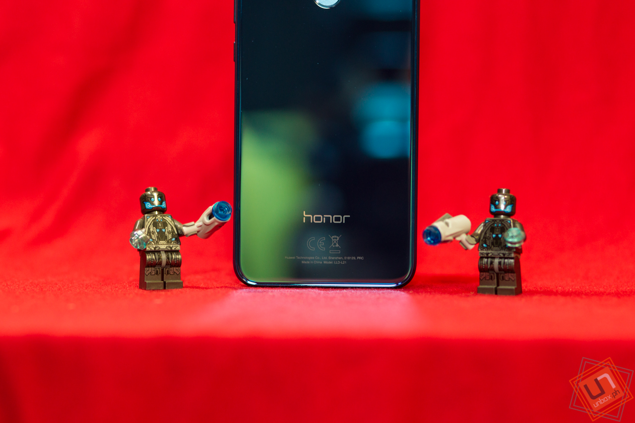 HONOR 9 Lite Unboxing, Quick Review: Gorgeous Bang-For-The-Buck Phone